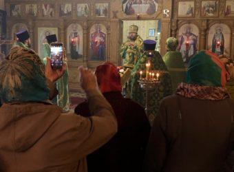 Божественная Литургия в храме преподобного Сергия, игумена Радонежского пгт. Стодолище