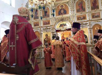 Божественная Литургия в Спасо-Преображенском соборе г. Рославля